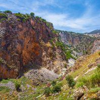 Вход в Араденское ущелье со стороны Ливийского моря