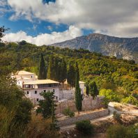 Вид на монастырь Кера Кардиотисса, Крит, Греция
