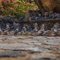 Каменные пирамидки в Курталиотском ущелье
