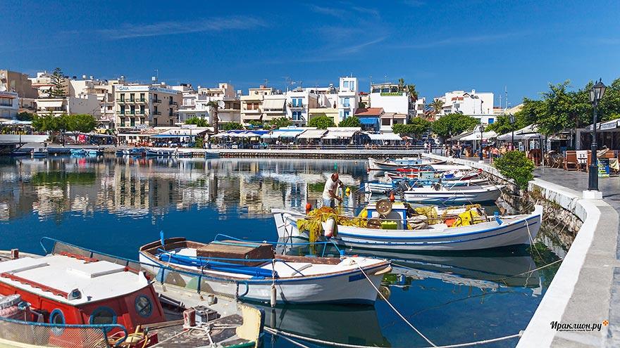 Агиос Николаос и озеро Вулисмени. Крит, Греция