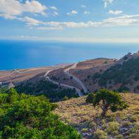 Серпантины по пути в ущелье Имброс, Крите, Греция