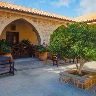 Монастырь Богородицы сердечной, Крит, Греция
