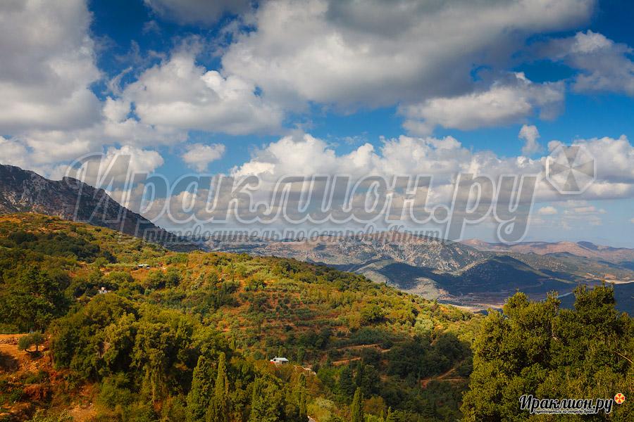 Вид из монастыря Богородицы Сердечной, Крит, Греция