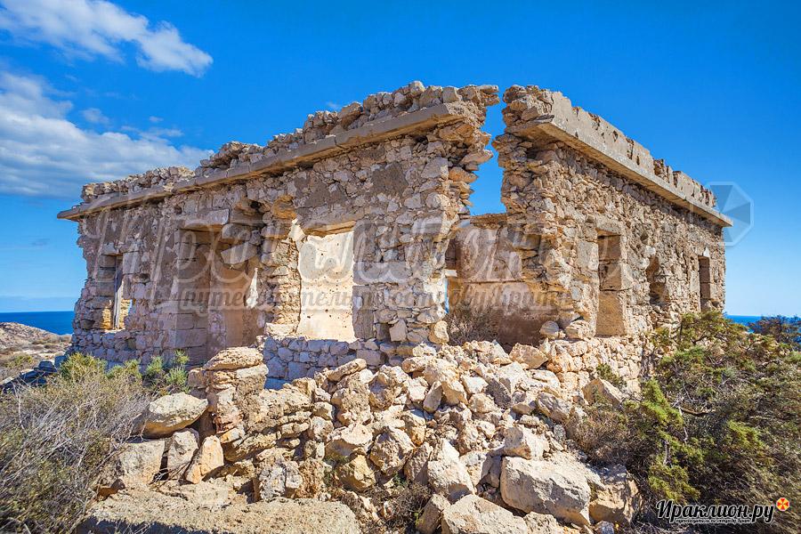 Разрушенный в 1944 году мая, остров Куфониси, Крит, Греция
