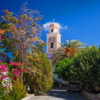 Тридцатитрёхметровая звонарная башня монастыря Топлу, Крит, Греция