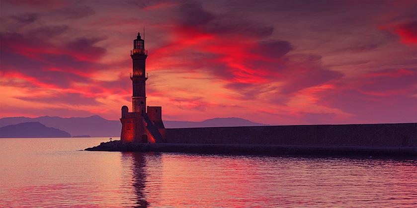 Гавань и маяк города Ханья (Chania)